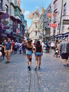 A stroll through Wizarding World at Universal Studios. So much to see, so little time. Disneyland Photos, Disneyland Trip, Disney Vacations, Disney Trips, Cute Disney Pictures, Vacation Pictures, Friend Pictures, Universal Studios, Disney S