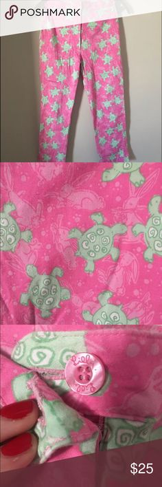 Lilly Pulitzer Vintage Capris Vintage Lilly Pulitzer pants in excellent condition. Pink with green turtle design and bunnies in background. Cropped with zipper that goes down front. Lilly Pulitzer Pants Capris