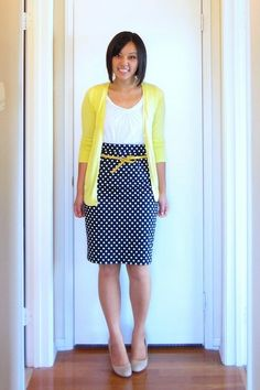 Putting Me Together: Yellow Fever Love the yellow dots. This blogger takes older/sloppier styles and dresses them up