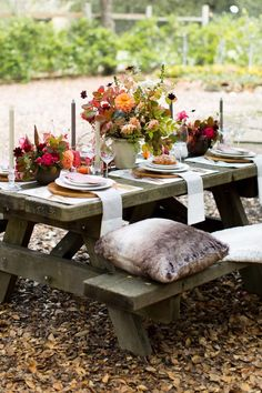 Thanksgiving party table decor inspiration! Fall Wedding Decorations, Fall Wedding Colors, Wedding Centerpieces, Wedding Ideas, Wedding Stuff, Table Decorations, Wedding Reception Games, Wedding Favors For Guests, Wedding Dinner