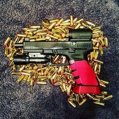 #glock #9mm #handgun #pistol #firearms #ccw #concealedcarry #appendixcarry #holster #starwars #aimpoint #surefire #fast #draw #speed #quick #dreads #dreadbeard #beard #dreadlocks #locs #bullets#shootfirst#shooting#train#hansolo#glockporn #glockfanatics#glockdaily#weaponsdaily by blooddrunktactical