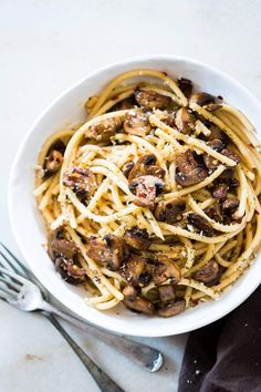15 Minute Mushroom Spaghetti Aglio Olio