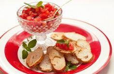 Bruschetta de tomate | Panelinha - Receitas que funcionam
