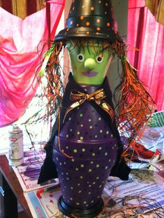 It's been quite a few years since I've even wanted to do any Halloween crafting. I don't think I've even decorated inside for Halloween the ...