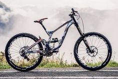 Bike Check: la spettacolare Lapierre DH Team con cui Bruni ha vinto i Mondiali DH di Andorra