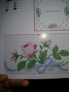 This Pin was discovered by Aht Cross Stitch Heart, Cross Stitch Borders, Cross Stitch Flowers, Cross Stitch Designs, Cross Stitching, Cross Stitch Patterns, Wool Embroidery, Cross Stitch Embroidery, Embroidery Patterns