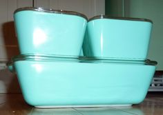MINT VINTAGE GLASS PYREX TURQUOISE BLUE REFRIGERATOR DISHES