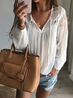 Cheap blusa top, Buy Quality crochet blouse directly from China lace crochet blouse Suppliers: Autumn Shirts 2017 Hot Sale Women Casual Loose Patchwork Lace Crochet Blouses Sexy V Neck Long Sleeve Blusas Tops Black Crochet Dress, Crochet Blouse, Crochet Lace, Autumn Crochet, Crochet Dresses, Crochet Tops, Blouse Sexy, Blouse Outfit, Chemises Sexy