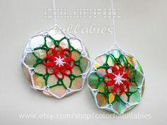 Juego de 2 colectores de luz de ganchillo de doble cara, CDs reciclados, ornamento de navidad, flor de navidad, mandala de crochet