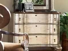 Silver leaf chest by LORTS - Love this finish French Furniture, Cool Furniture, Living Room Furniture, Painted Furniture, Old Hickory Tannery, Furniture Makeover, Old And New, Sweet Home, New Homes