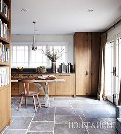 Rustic Kitchen Design Ideas | Farmhouse Style | Designer: Jill Kantelberg | Photographer: Angus Fergusson | #kitchen #interiordesign #wood #farmhouse