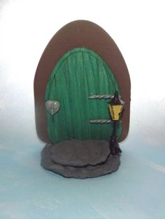 fairy door, faery door, fairy garden, faery garden, fairy house, fairy accessories, fairy miniatures, fae, gnome, hobbit, hobbit door,