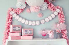 pompones de papel decoraciones de la ducha de bebé femenino