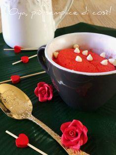 Mug+cake+alla+vaniglia,+ricetta+dolce+semplice+e+veloce Dolce, Pudding, Desserts, Ideas, Food, Tailgate Desserts, Deserts, Custard Pudding, Essen