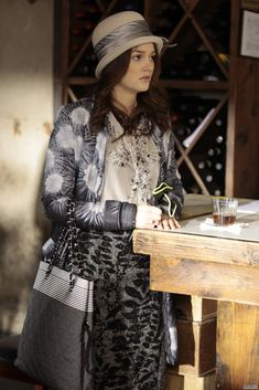 blair 3x18 Hat: Christine A. Moore Coat: Proenza Schouler Blouse: Oscar de la Renta Skirt: Elie Tahari Tights: Hue Bag: Chanel