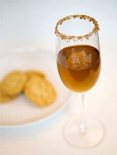 Coctel de galleta de azúcar. Tequila dessert cocktail. Pair with sugar cookies!