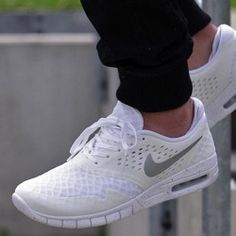 brand new 9e8fa 96cf7 With summer around the corner, nows the time to scoop up these Nike Eric  Koston 2 Max
