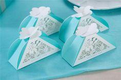 Aliexpress.com: Acheter Nouveau CD boîte de bonbons creux coupe   papier bleu mignon petit frais décoration de mariage Invitations de mariage 11 * 4.5…
