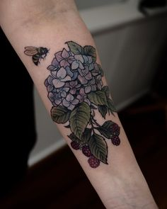Charming Tattoos Idea of Flower and Animal - Page 14 of 23 - StarMyFashion Time Tattoos, Body Art Tattoos, Print Tattoos, Sleeve Tattoos, Cool Tattoos, Tatoos, Buddha Tattoos, Hand Tattoos, Botanisches Tattoo