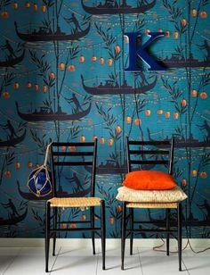 Gondola wallpaper Cole and Son / Papercraft - Juxtapost Boat Wallpaper, Cole And Son Wallpaper, Bathroom Wallpaper, Fabric Wallpaper, Pattern Wallpaper, Wallpaper Ideas, Hunting Wallpaper, Wallpaper Online, Closet Wallpaper