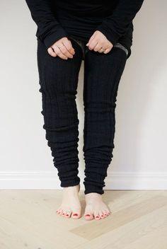 Leg Warmers, Knitting Patterns, Black Jeans, Socks, Legs, Crochet, Pants, Diy, Fashion