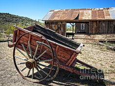 Old Wooden Lumber Cart Print By Lee Craig