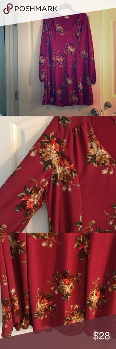 Red floral dress Red floral fall/summer dress. Cute for weddings and other fun activities! Practically new. Quarter length sleeves. Dresses Mini