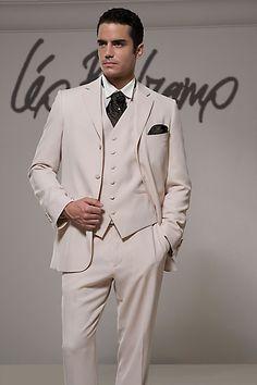 свадебные костюмы 2012