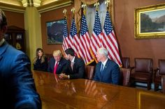Shake-Up at Donald Trumps Transition Team: Enter Mike Pence   By CARL HULSE JULIE HIRSCHFELD DAVIS ALAN RAPPEPORT and MAGGIE HABERMAN from NYT U.S. http://ift.tt/2eYotC1 via IFTTT