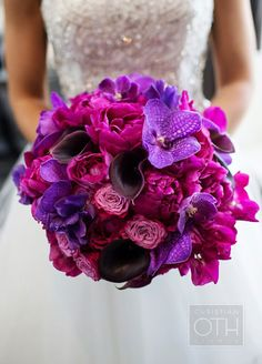 Wedding Bouquets, Wedding Flowers, Roses, Peonies, Floral Arrangements || Colin Cowie Weddings