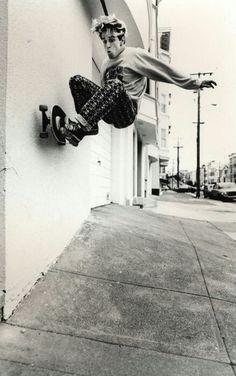 Jim Thiebaud Skateboarding Photo 18 x 24 Inch Paper - Skate Photo Style Skate, Skate Longboard, Skateboard Mag, Skateboard Pictures, Skate Photos, Skate And Destroy, Skate Shop, Foto Fashion, Skater Girls