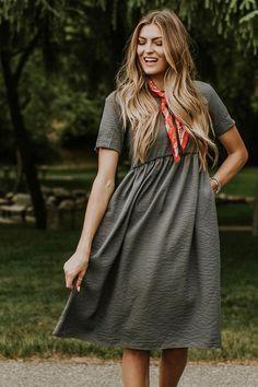 Jaclyn Mae Detail Dress | ROOLEE