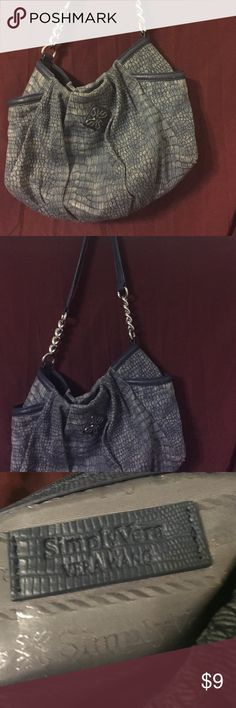 Vera wang purse Vera wang authentic nice purse light blueish gray Vera Wang Bags