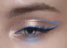 hacks every girl should know make up eyeshadows You are in the right place about Lip Makeup step by step Here we offer you the most beautiful pictures about the Lip Makeup asian you are lookin Makeup Trends, Makeup Inspo, Makeup Art, Makeup Inspiration, Beauty Makeup, Makeup Eye Looks, Pretty Makeup, Skin Makeup, Mauve Makeup