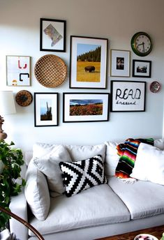 This small DC apartment is full of plants, color and art. The gallery wall in the living room ties the space together, while the metal bed frame adds a touch of industrial elegance to a glamorous space. Source by melikekzldogan Living Room Designs, Living Room Decor, Living Rooms, Living Room Gallery Wall, Beds For Small Spaces, Creative Walls, Apartment Living, Apartment Therapy, Apartment Plants
