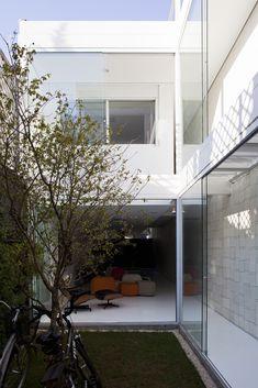 Galería de Casa 4 x 30 / FGMF Arquitectos + CR2 Arquitectos - 32