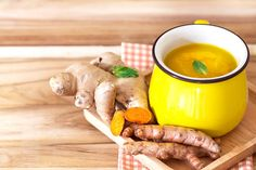 Benefits of turmeric ginger tea include regulating diabetes, soothing pain, strengthening immunity, increasing cognition, countering depression & improving skin health. Ginger Benefits, Tea Benefits, Health Benefits, Natural Remedies For Gout, Superfood, How To Cure Gout, Diabetes, Turmeric Tea, Turmeric Health