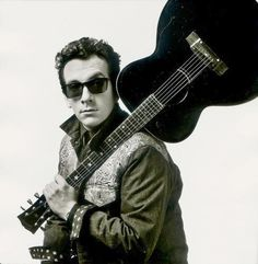 Famous VIRGO: Elvis Costello (musician) • August 25, 1954
