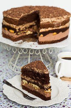 Ciasto kukułka No Bake Desserts, Just Desserts, Delicious Desserts, Sweet Recipes, Cake Recipes, Cake Craft, Fudge Cake, Polish Recipes, Food Cakes