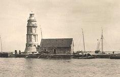 Pasig River Lighthouse in Pasig River Lighthouse Philippine Architecture, President Of The Philippines, Jose Rizal, Manila Philippines, India, American War, Spanish Colonial, Covered Bridges, China