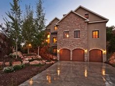 LUXURY RENTALS BY HOME AWAY COMFORTABLY SLEEPS 18|GAME ROOM & POOL TABLE|PRIVATE OUTDOOR HOT TUB