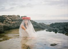 Hawaii BRIDE  Film fine art fuji400H  Beach Wedding  Hawaii Wedding  Tropical make up  Oahu wedding   http://www.warmphoto.com/spring