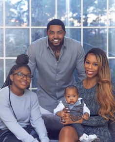 Lil Scrappy Is Proud And Frightened As Daughter Emani Gets Older — Check The Photo That Has Bambi Benson's Husband Sweating Family Photos What To Wear, Winter Family Photos, Large Family Photos, Family Maternity Photos, Outdoor Family Photos, Pregnancy Photos, Maternity Pictures, Cute Family, Baby Family