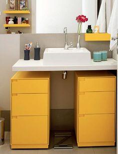 banheiro colorido Cheap Bathroom Remodel, Yellow Bathrooms, Inspired Homes, Beautiful Bathrooms, Bathroom Interior, Decoration, Small Bathroom, Sweet Home, Interior Design