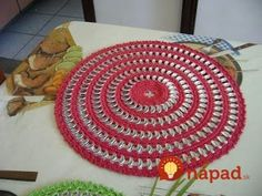 pulseira de lacre de latinha passo a passo Coke Can Crafts, Can Tab Crafts, Pop Top Crafts, Soda Tab Crafts, Soda Tabs, Diy Cans, Crochet Dollies, Crochet Flower Patterns, Upcycled Crafts