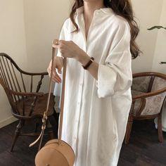Minimal Long Shirt, - Minimal Long Shirt, Source by - Look Fashion, Hijab Fashion, Korean Fashion, Fashion Outfits, Fashion Tips, Long Shirt Outfits, Long Shirt Dress, Long Shirts, Buy Shirts