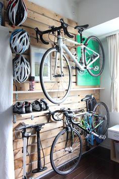 Hanger rack Custom bikes motorcycles The S Garage Organisation, Garage Storage, Home Organization, Bicycle Storage Garage, Bicycle Garage, Bike Storage Garage Wall, Wall Mounted Bike Storage, Garage Velo, Garage Gym