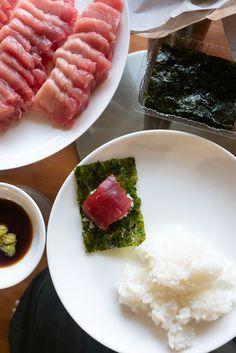 Homemade Sushi - Onolicious Hawaiʻi Diy Sushi, Homemade Sushi, How To Make Sushi, Easy Food To Make, All You Need Is, Sushi Bake, Sushi At Home, Sushi Night