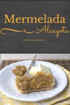 La mermelada de alcayota o dulce de alcayota es una de las mas tradicionales mermeladas en Chile, usualmente se le agrega nueces.