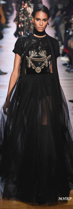 Elie Saab Fall 2018_vogue.com/fashion-show